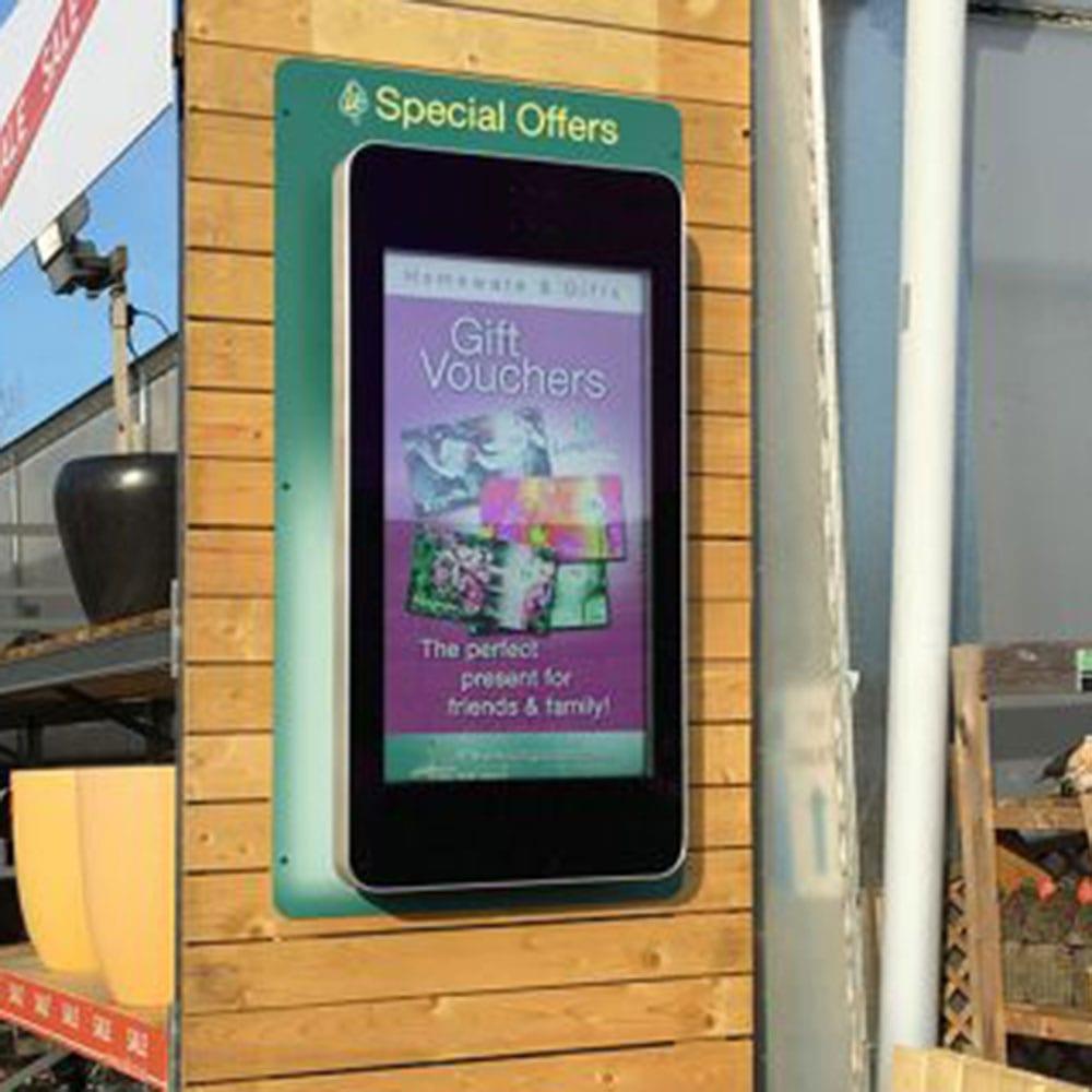 outdoor waterproof ip rated wall mounted digital signage advertising displays 02 1