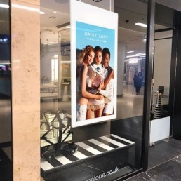 Hanging Double Sided Window Displays Application Image 2