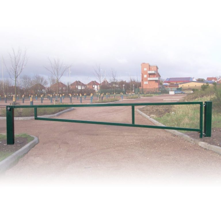 manual swinging access gate